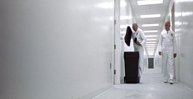 a comparison of futuristic movies in george lucas thx 1138 and robert zemeckis back to the future Usc cinema-tv at 70: industrial strength award in 1965 for his futuristic electronic labyrinth: thx 1138 robert zemeckis '73 (back to the future.