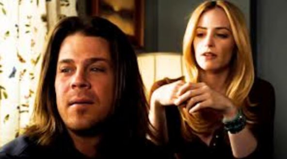 Newman as Aimee Martin with Christian Kane in Leverage