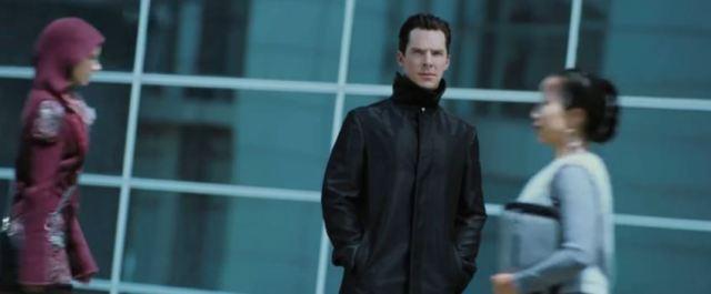 Cumberbatch in Star Trek Into Darkness