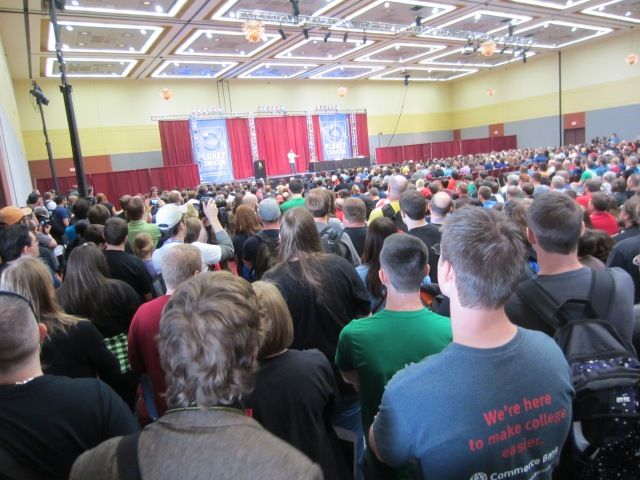 Wil Wheaton standing room only crowd at Planet Comicon 2013