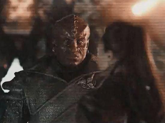 Uhura and Klingons