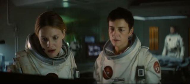 Garai and Williams in Last Days on Mars