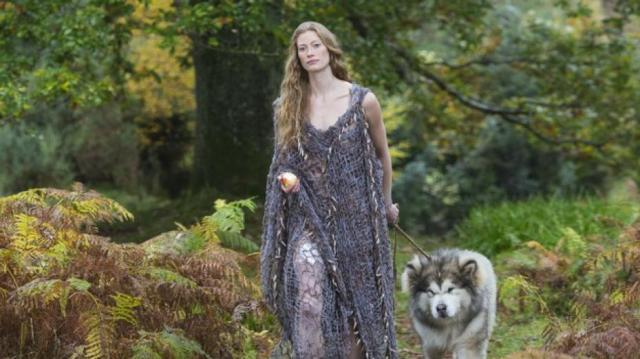 Aslaug and friend in Vikings