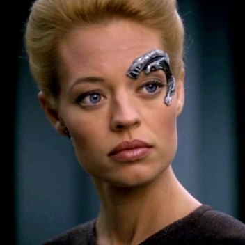 Seven of Nine eye implant