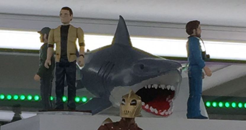 Great White Shark Jaws Toys : Funko jaws action figures borg