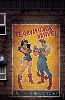 Superman Wonderwoman Bombshells variant