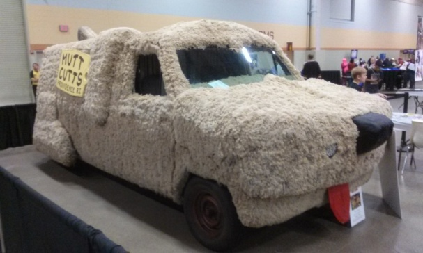 Dumb and Dumber car Wizard World Des Moines 2015