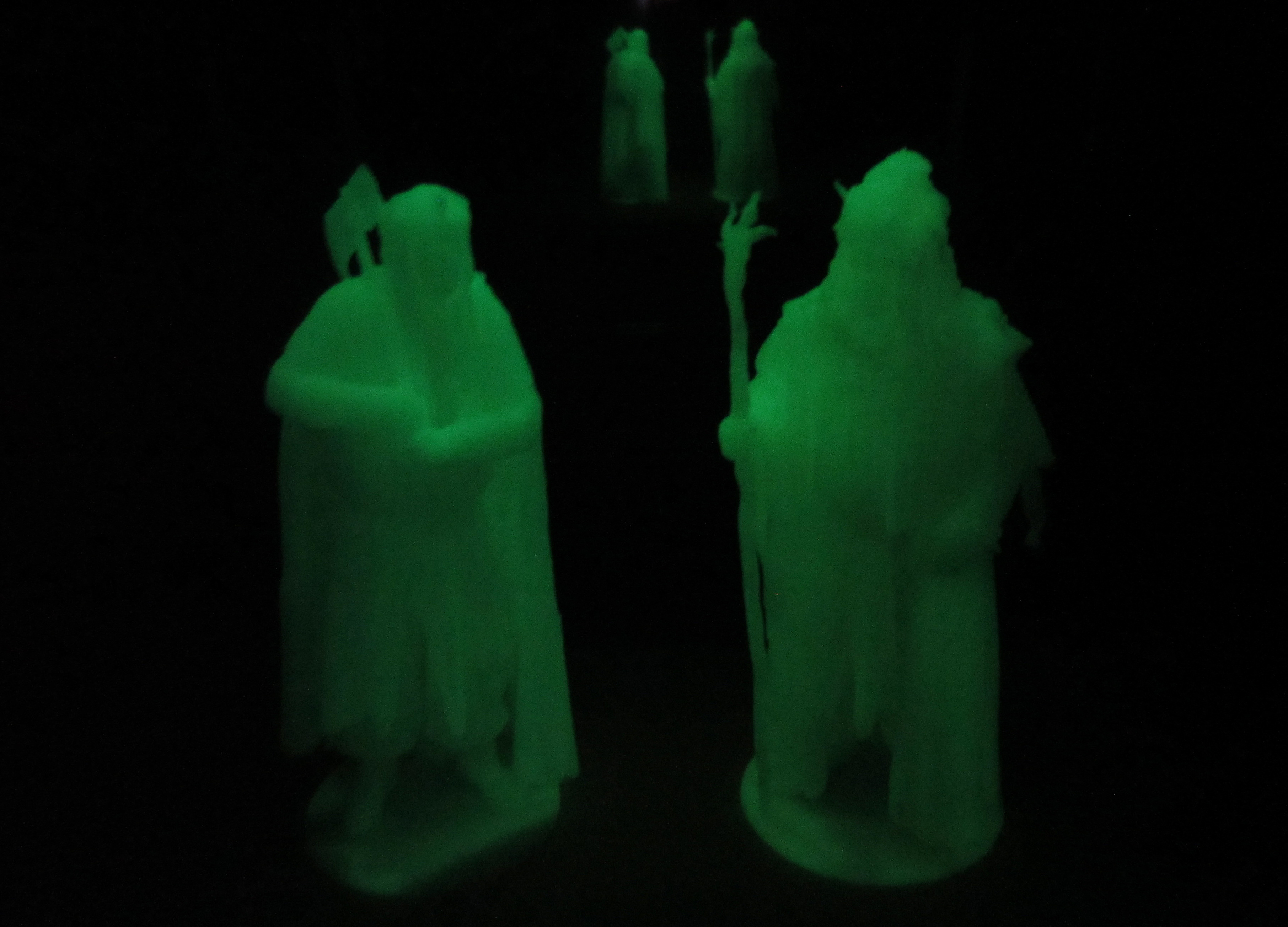 Dark Nova Figure Glow In The Dark D Radagast Gimli
