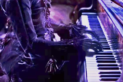 Crimson-Peak-Ghost-Pianist
