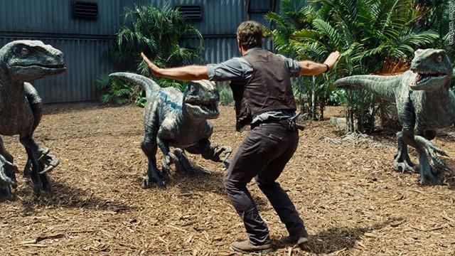 Jurassic World Pratt plus three