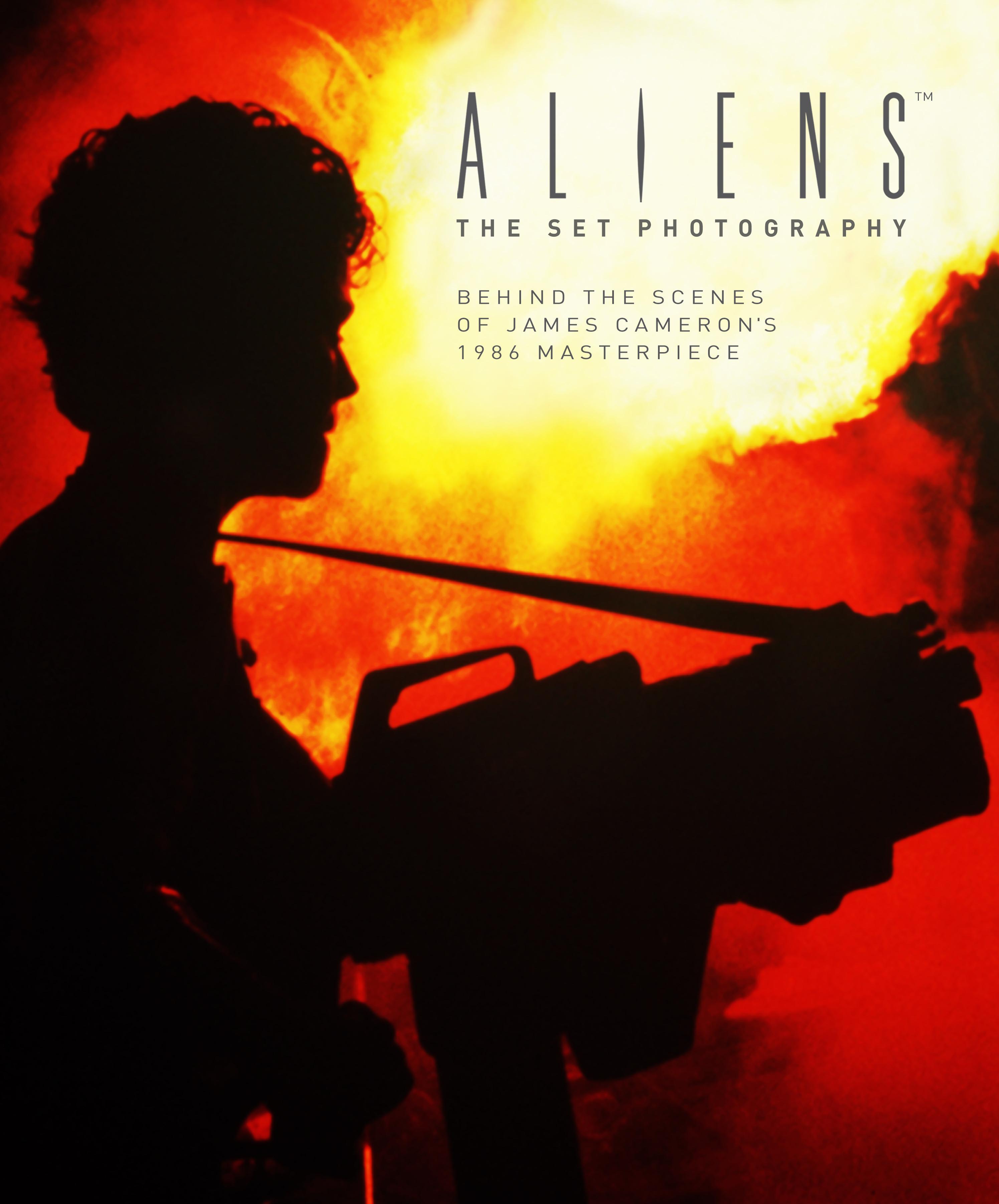 Aliens Set Photography book Titan