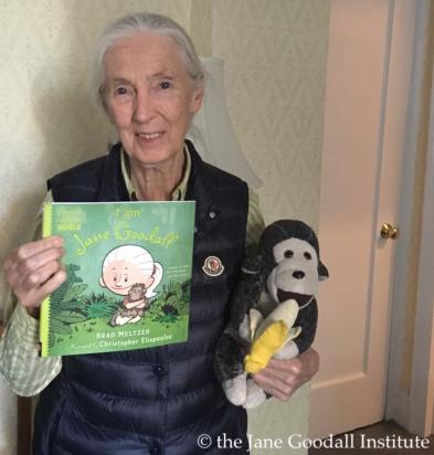 jane-goodall-with-book