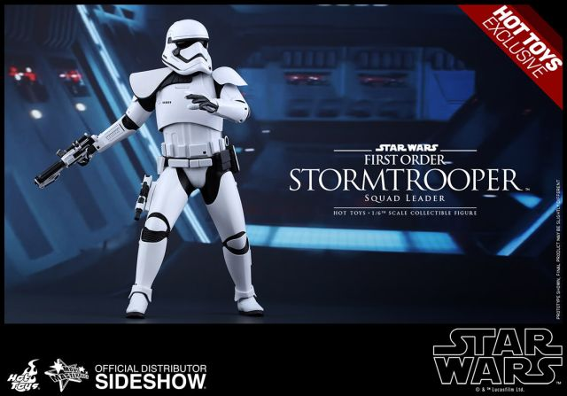 star-wars-first-order-squad-leader-stormtrooper-sixth-scale-hot-toys-902539-09