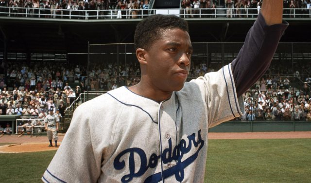 boseman-as-robinson-42