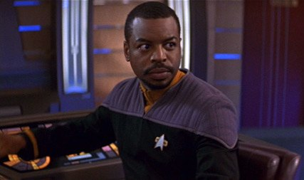 geordi_at_the_helm