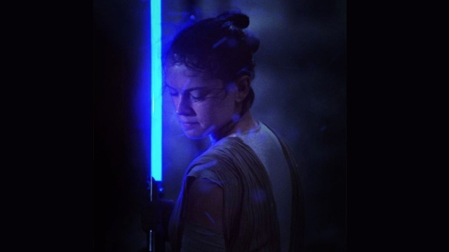 rey-star-wars-episode-viii-official-first-photo-release