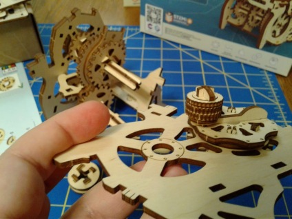 UGEARS Gearbox step 2